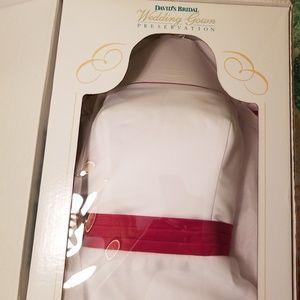 Women s Red And White Wedding Dresses David s Bridal on Poshmark 438c195a43